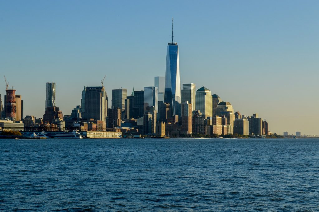 One World Trade Center in der Skyline Manhattans